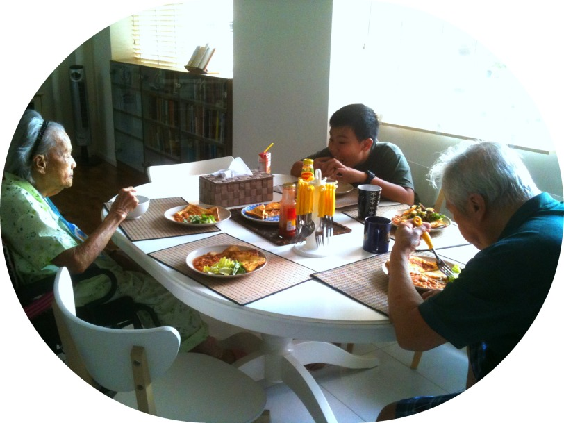 4 Generations Chow time